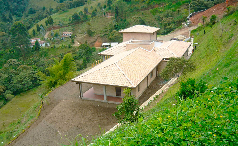 Dise o y construcci n de casa campestre municipio de la for Diseno y construccion de casas